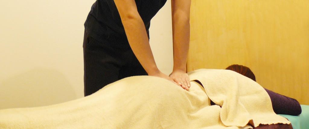 整体マッサージで坐骨神経痛治療